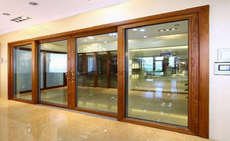 Cửa vân gỗ bằng nhôm Xingfa